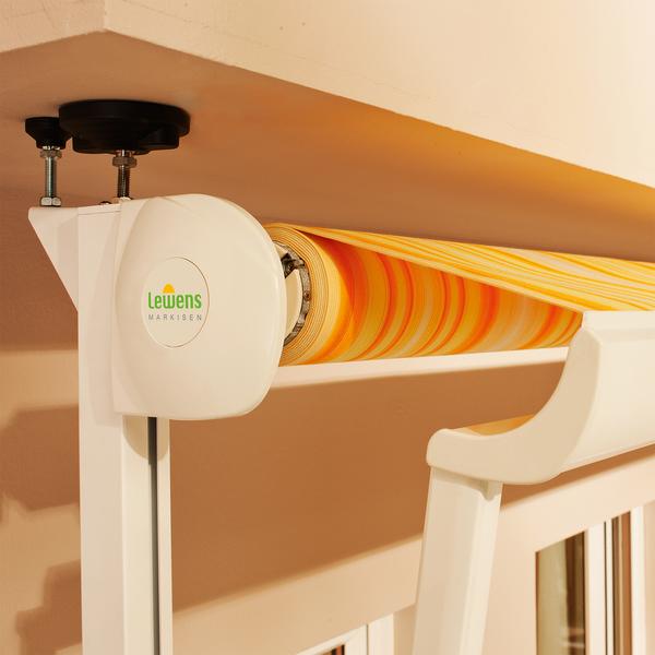 markise balkon ohne bohren sonnenschutz markise f r balkon und terrasse ein sichtschutz balkon. Black Bedroom Furniture Sets. Home Design Ideas